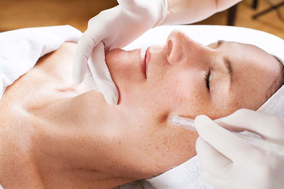 Kosmetikstudio Ebbs: Hautprofis bei Kosmetik Visage
